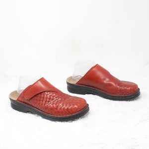 Clarks Red Leather Woven Mule Clogs Size 10